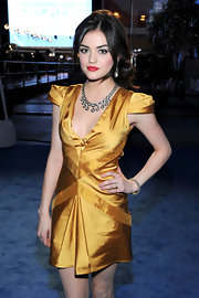 Actress Lucy Hale completed her stunning look with a gorgeous diamond bangle.