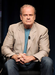 Kelsey Grammer layered a tan blazer over a teal tee for the 2011 Summer TCA Tour.