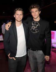Keegan Allen mixed formal and street style pieces at the Victoria's Secret fashion show, opting for a sleek looking blazer and jeans.