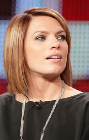 Kathleen Rose Perkins rocked a super-sleek side-parted cut at the 2011 Winter TCA Tour.