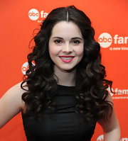 Vanessa Marano wore her hair in glossy natural curls at the 2012 ABC Family Upfront event.