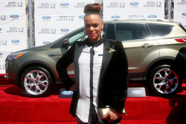 More Pics of Faith Evans Blazer (1 of 2) - Faith Evans Lookbook - StyleBistro