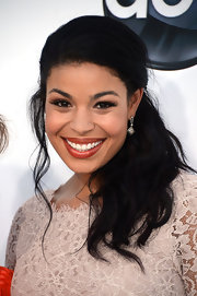 Jordin Sparks added a shimmering pair of cushion on point diamond earrings to her look for the 2012 Billboard Music Awards.