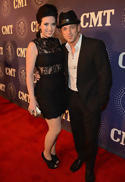 Shawna showed some skin in a fancy way wearing this lace LBD to the CMT event.