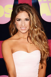 Jessie James' honeyed ombre hair was styled in tousled waves for the 2012 CMT Music Awards.