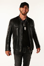 Brantley Gilbert's handsome black leather jacket brought instant class to his simple shirt-and-jeans-attire.