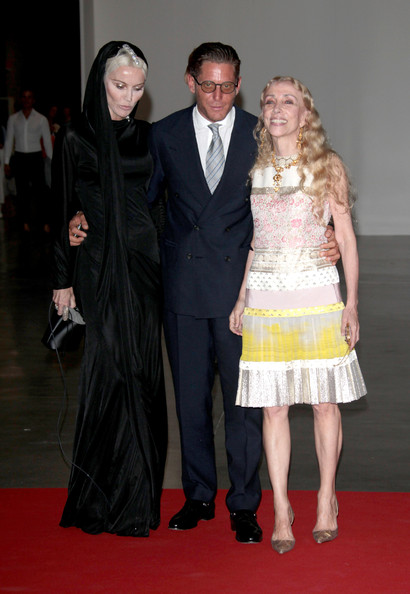 Lapo Elkann looked very business-like in his double-breasted black suit at the 2012 Convivio charity gala.