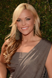 A perfectly styled wavy 'do complemented Jenni's one-shouldered dress at the 2012 ESPY Awards.