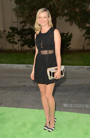 Amy was right on trend in this little black mesh cutout dress at the Environmental Media Awards.