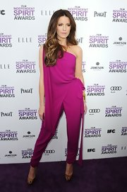 Kate Beckinsale rocked a jumpsuit at the Spirit Awards in this draped magenta number.