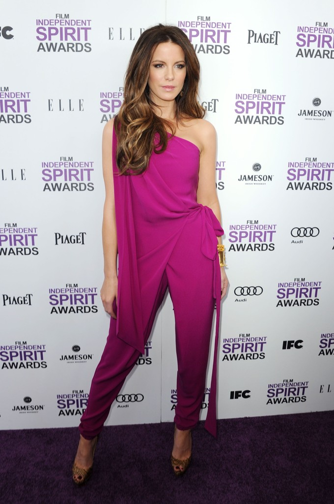 Actress Kate Beckinsale arrives at the 2012 Film Independent Spirit Awards on February 25, 2012 in Santa Monica, California.