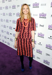 Sienna Guillory wore this tribal patterned sheath dress to the Independent Spirit Awards.