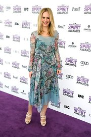 Sarah Paulson looked ready for spring in this floral chiffon dress at the Independent Spirit Awards.