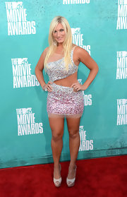 Love it or leave it, Brooke Hogan has a killer tan and is going to show it off!