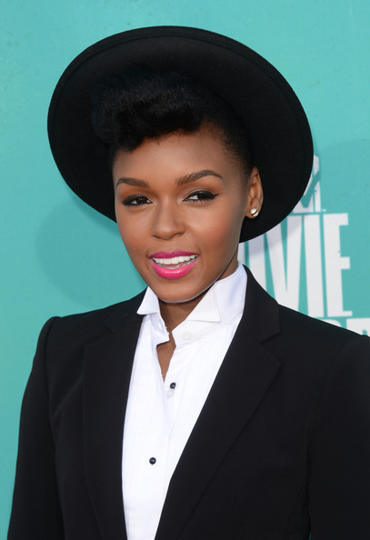 More Pics of Janelle Monae Pink Lipstick (1 of 10) - Janelle Monae Lookbook - StyleBistro