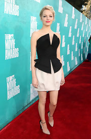 Emma Stone's heels at the MTV Movie Awards were so worthy of her artistic black-and-white frock.