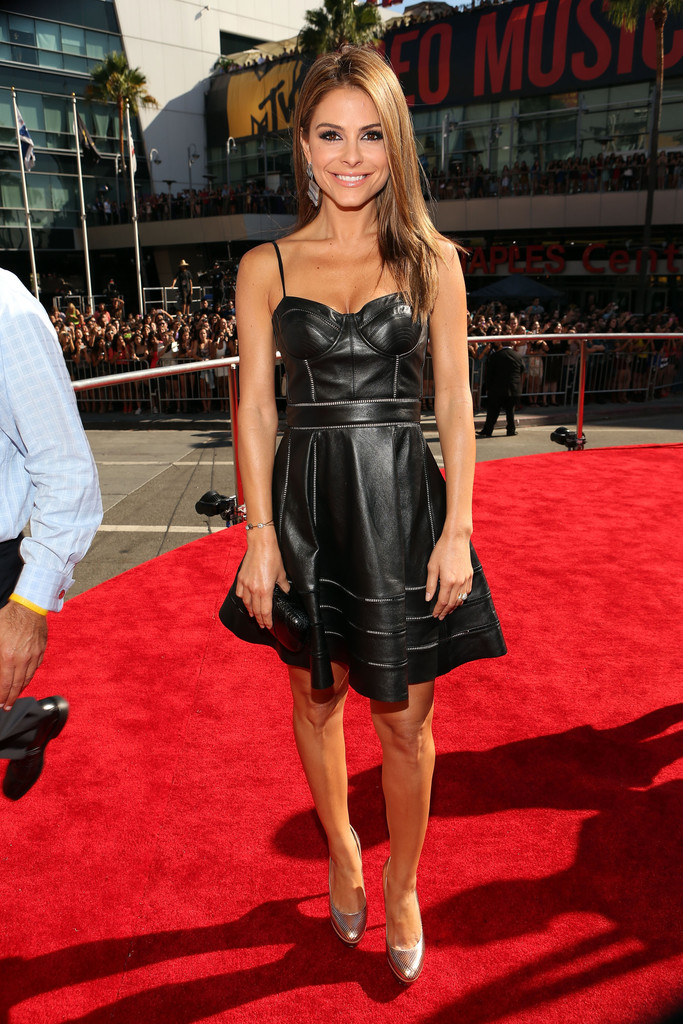 TV personality Maria Menounos arrives at the 2012 MTV Video Music Awards at Staples Center on September 6, 2012 in Los Angeles, California.
