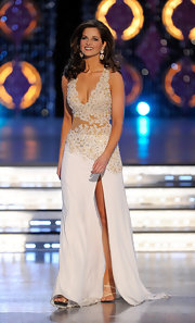 Hope Anderson channeled her inner goddess in a pristine white number with a thigh-high slit and intricate flower details at the 2012 Miss America Pageant.
