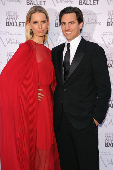 More Pics of Karolina Kurkova Evening Dress (1 of 7) - Karolina Kurkova Lookbook - StyleBistro