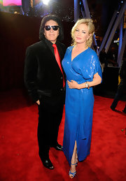 Shannon Tweed teamed her dress with an equally pretty pair of strappy heels.