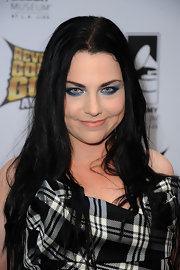 Amy Lee emphasized her eyes for the 2012 Revolver Golden Gods Award Show using bright frosty shadow and intensely-colored liner.