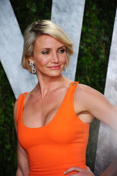 Cameron Diaz attended the 2012 'Vanity Fair' Oscar Party wearing a pair of platinum and 18-carat white gold rock crystal and diamond earrings.