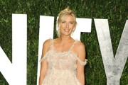 Tennis pro Maria Sharapova arrives at the 2012 Vanity Fair Oscar Party hosted by Graydon Carter at Sunset Tower on February 26, 2012 in West Hollywood, California.