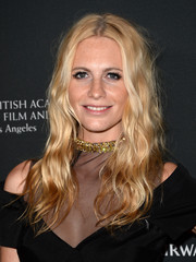 Poppy Delevingne worked an edgy-boho vibe with this mussed-up wavy 'do at the BAFTA LA Britannia Awards.