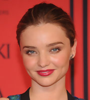 A classic bun kept Miranda Kerr's look at the CFDAs simple and chic.