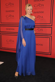 Nadja Swarovski opted for a Grecian-inspired gown with this royal blue flowing one-shoulder draped dress.