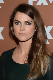 Keri Russell kept her hair very low key with this straight 'do.