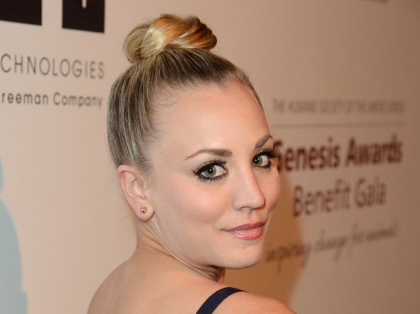 More Pics of Kaley Cuoco-Sweeting Classic Bun (5 of 9) - Classic Bun Lookbook - StyleBistro