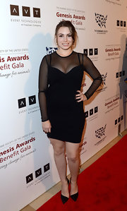Sophie Tweed Simmons chose a classic LBD with mesh sleeves for her red carpet look at the 2013 Genesis Awards.