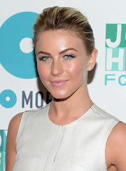Julianna Hough kept her look soft and feminine by applying a blush pink lipstick.