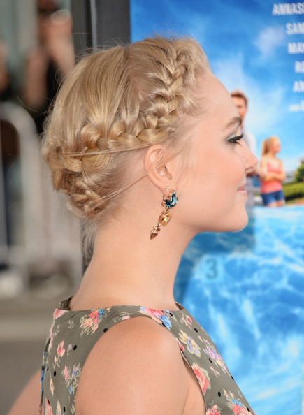 More Pics of AnnaSophia Robb Dangling Gemstone Earrings (1 of 41) - AnnaSophia Robb Lookbook - StyleBistro [the way way back,los angeles film festival premiere of the fox searchlight pictures,hair,hairstyle,blond,long hair,chin,beauty,ear,chignon,shoulder,brown hair,annasophia robb,arrivals,los angeles,california,fox searchlight pictures,premiere,los angeles film festival]
