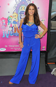 Samantha Harris blended casual and stylish when she wore this bright blue ruffled jumpsuit.