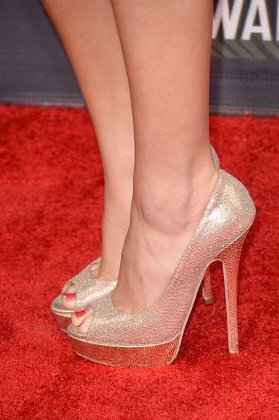 More Pics of Selena Gomez Platform Pumps (1 of 21) - Selena Gomez Lookbook - StyleBistro