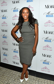 June Ambrose guested at the 2013 Mom Mogul Breakfast wearing a classic day dress.