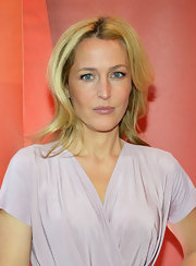 Gillian Anderson chose a layered chop for her look while at the red carpet for NBC Upfront.