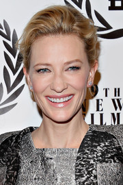 Cate Blanchett styled her hair into a sophisticated loose updo for the NY Film Critics Circle Awards.
