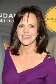Sally Field chose this vibrant lavender lip color to complement her purple frock.