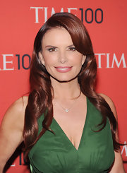 Roma Downey's auburn locks looked simply lovely against her fair skin and emerald dress.