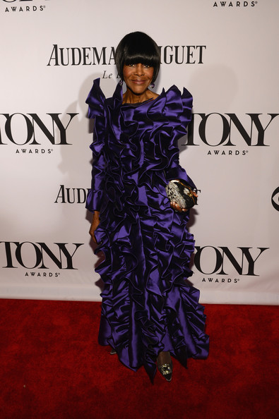 Cicely Tyson chose a deep purple ruffled gown for her super glam look on the 2013 Tony Awards red carpet.