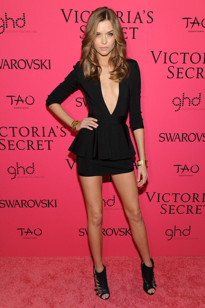 Josephine Skriver In A Deep Plunging Lbd Best Dressed At