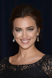 Irina Shayk chose a pinned updo for her look at the 2013 White House Correspondents' Association Dinner.
