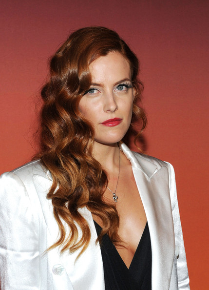More Pics of Riley Keough Peep Toe Pumps (1 of 7) - Riley Keough Lookbook - StyleBistro