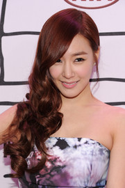 Tiffany looked perfectly coiffed with this sculpted side sweep when she attended the YouTube Music Awards.