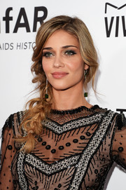 Ana Beatriz Barros looked fetching with her loose side braid at the amfAR Inspiration Gala.