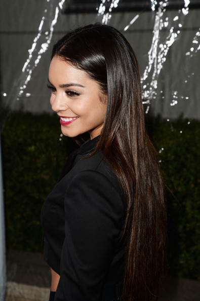 More Pics of Vanessa Hudgens Vanessa Hudgens Straight Hair