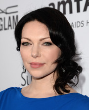Laura Prepon looked oh-so-glam with her side-swept curls at the amfAR Inspiration Gala.